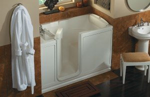 jacuzzi_walk-in_tub_Atlanta_GA_accessibility_Finestra